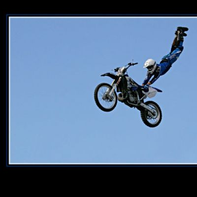 8183CompPrintMotorCycleJump